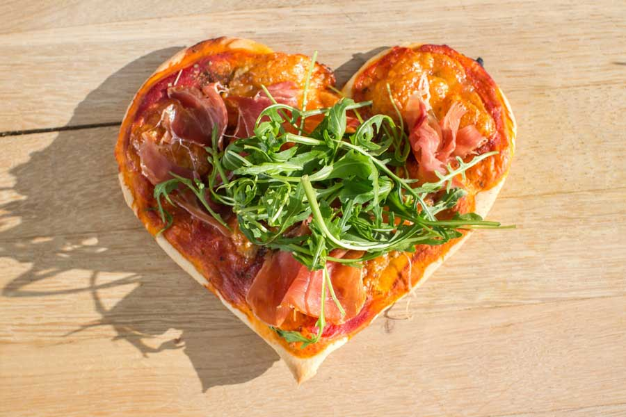 Valentinstag Noan Olivenöl Pizza