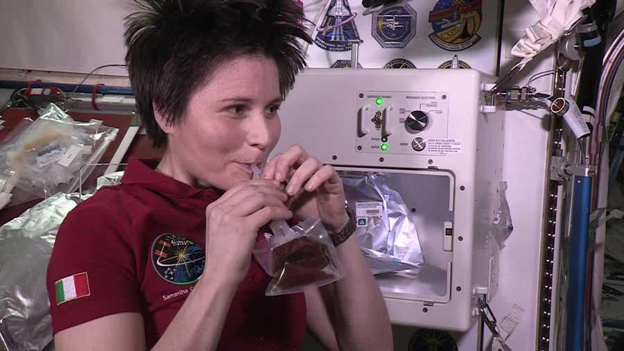 Erster Espresso im Weltall ISSpresso Samantha Cristoforetti