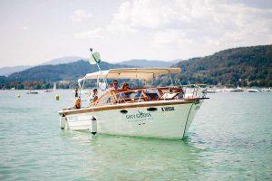 GREY-GOOSE-vodka Motorboot
