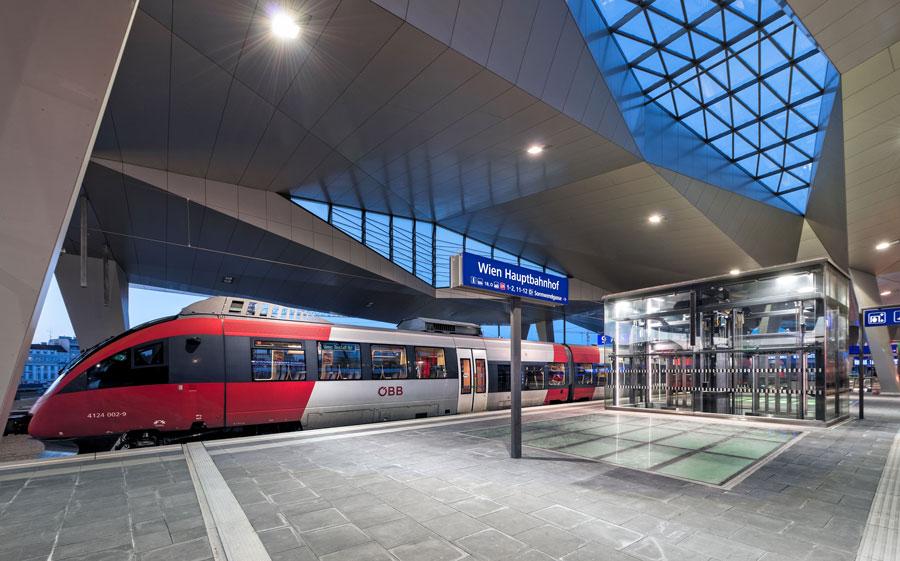 Hauptbahnhof Wien geht in Vollbetrieb