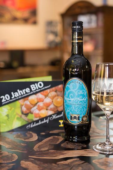 Bio Wein Roter Veltliner vom Wagram Hausdorf Flasche 2