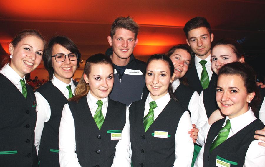 Tourismusschüler betreuen VIPs TSBG Kulmeinsatz