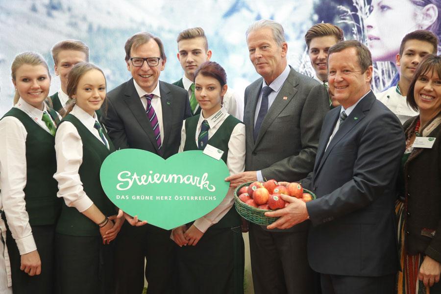 Steirische Tourismusschüler auf der ITB
