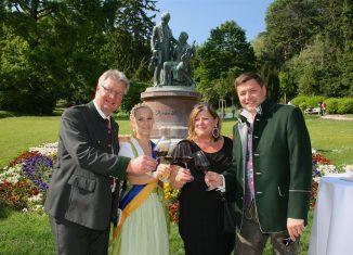 Wein im Park in Baden