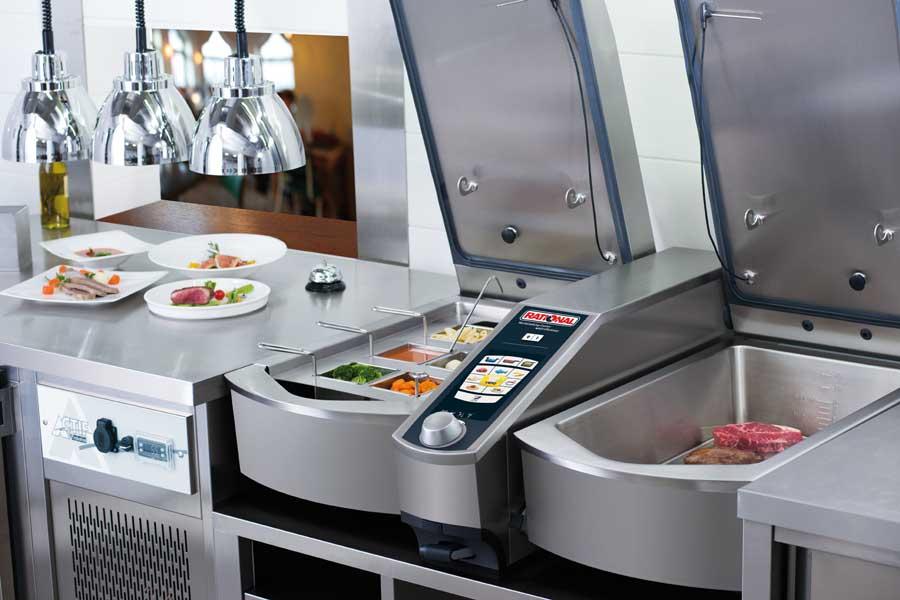 Platzsparende Küchentechnik für die Gastronomie RATIONAL VCC112L