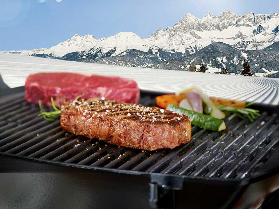 """Winter Kulinarik in Schladming-Dachstein Das """"Snow and Beef""""-Festival macht ab 11. März Gusto auf typische Gerichte der Region Schladming-Dachstein."""