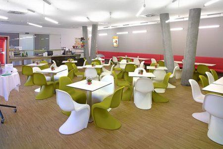 Pächter für Cafeteria Universitätszentrum Tulln gesucht Für den Betrieb einer Gastronomiestätte am Standort Universitäts- und Forschungszentrum Tulln wird ein Pächter gesucht.