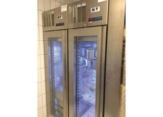 Kühlschränke für Gastronomie zu verkaufen