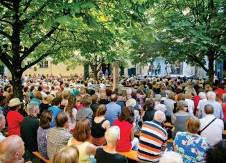 Saisonstart für Straßentheater Salzburg Stiegl-Brauwelt