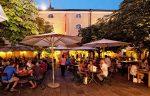 Salzburg: Spanferkel-Grillabende im Sudhaushof