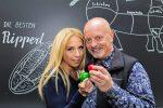 Strandcafé Alte Donau: Erste Wiener Meisterschaft im Eierpecken