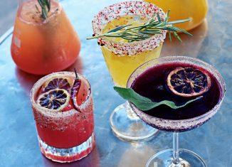 Happy Hour mit erfrischenden Long Drinks genießen