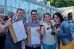 Thermenregion Wienerwald: Weingenuss im Park