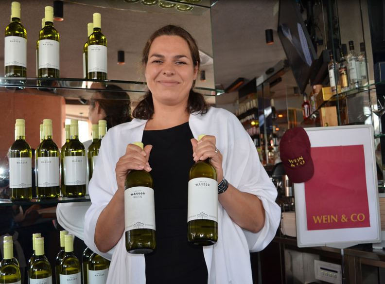 Stiftsweingut Herzogenburg Wasser Wein Julia Schelling