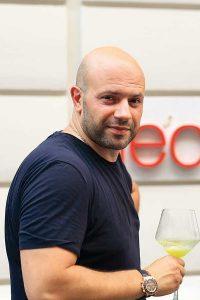 Armenische Gastfreundschaft mit Feingefühl für Essen und Trinken