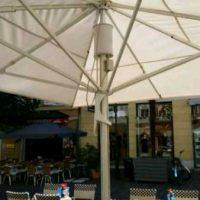 Sonnenschirm in Klagenfurt mit beleuchtung