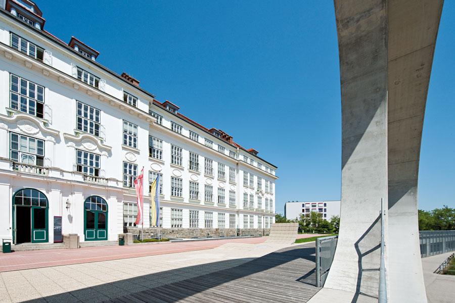 Tourismus Weiterbildung in Österreich Campus Krems v. Hertha Hurnaus Juni