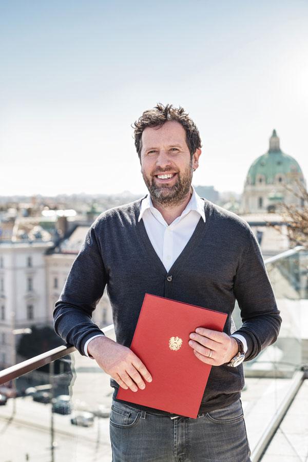 Weitzer Hotels mit Bundeswappen ausgezeichnet Florian Weitzer