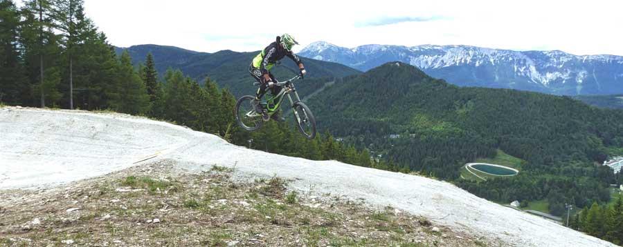 Neue Downhill-Strecke Bikepark Semmering Fast & Tricky neue Strecke 2016