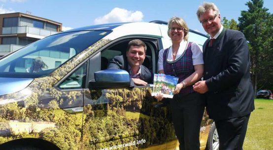 Autowerbung für Wienerwald Tourismus