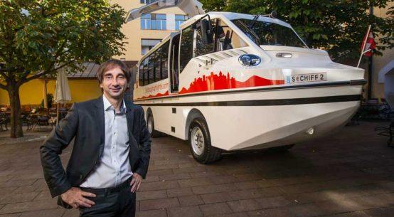 Österreichs erster Amphibien-Bus startet in Salzburg