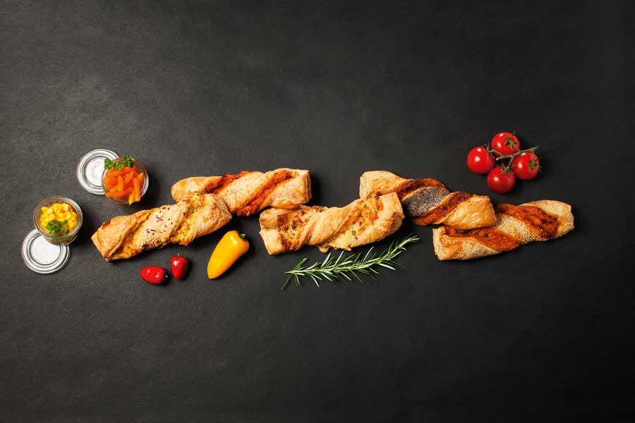 Die feinenGourmet-Stangen sind in den Sorten Schinken, Mexiko, Flammkuchen, Salami und Gemüse erhältlich.