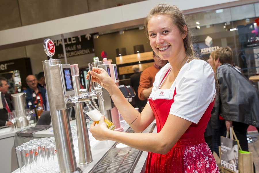 Neu von Stiegl Bier mit feinen Schokoladenoten