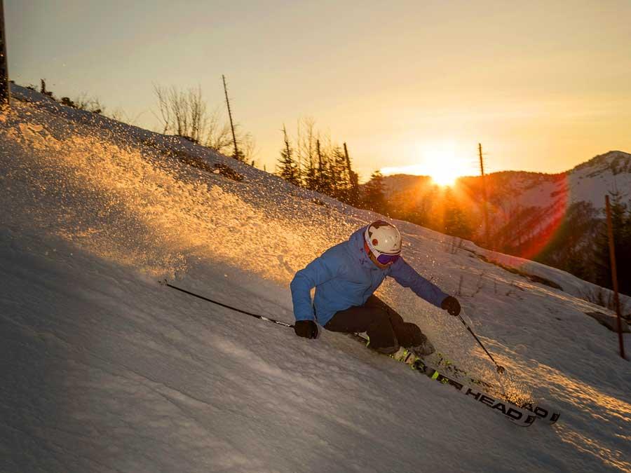 Skifahren bei Sonnenaufgang Mostviertel