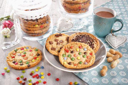Burger Buns Cookies Muffins online kaufen bei EDNA Die Cookie-Mischkiste bietet bunte und knusprige Vielfalt in nur einem Karton.