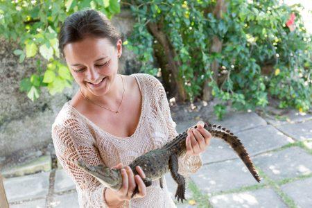 In den zwölf Jahren als Reiseveranstalterin hat Melanie Frühwirt schon vieles erlebt – in Namibia wollte ein Gepard mit ihr spielen.