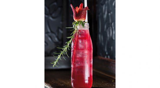 Cocktail-Rezept Strawberry Rose Erdbeeraroma
