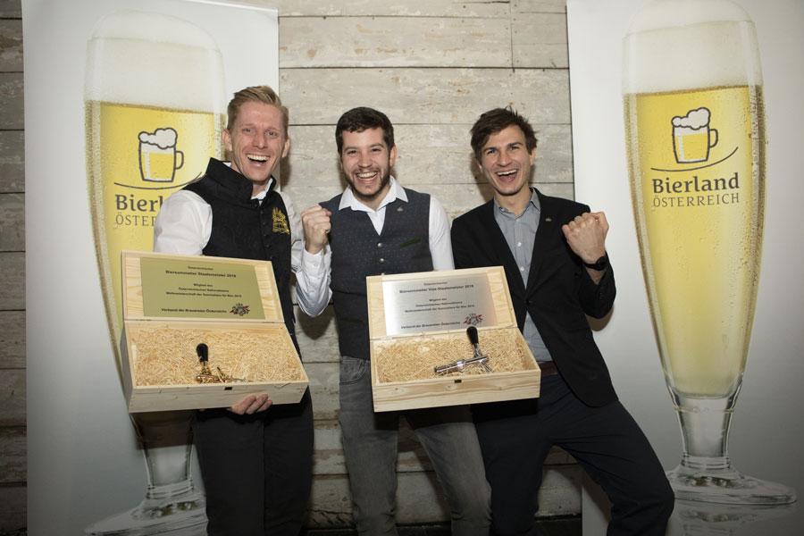 Biersommelier-Staatsmeister : Die Preisträger Michael Kolarik-Leingartner, Felix Schiffner und Julian Selinger durften sich über einen goldenen und zwei silberne Zapfhähne freuen.