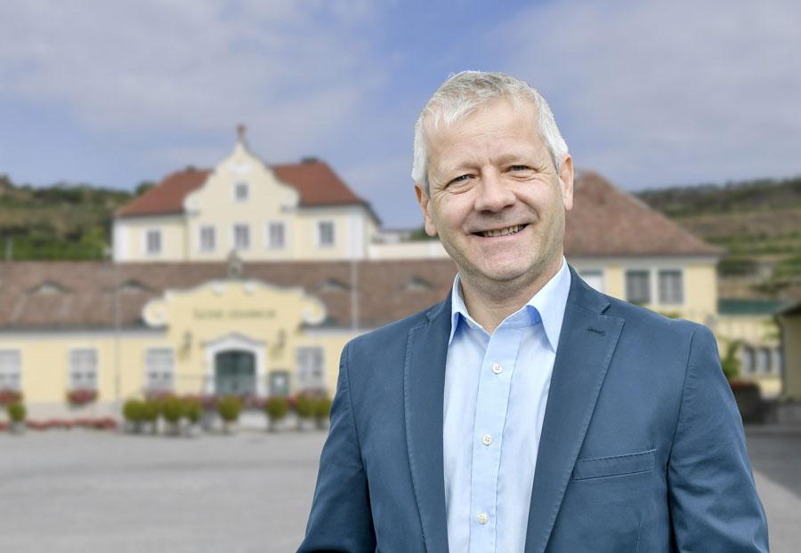 Lenz Moser ProWein : Erstmals steht Ing. Michael Rethaller als Chefönologe bei Lenz Moser auf der ProWein für Auskünfte zur Verfügung. Er hat diese Position mit Jahresbeginn 2019 von Ing. Ernest Großauer übernommen
