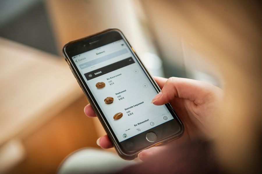 Gastronomie Partner Mit der Haubis App können Brot und Gebäck einfach und bequem mit dem Smartphone vorbestellt werden.