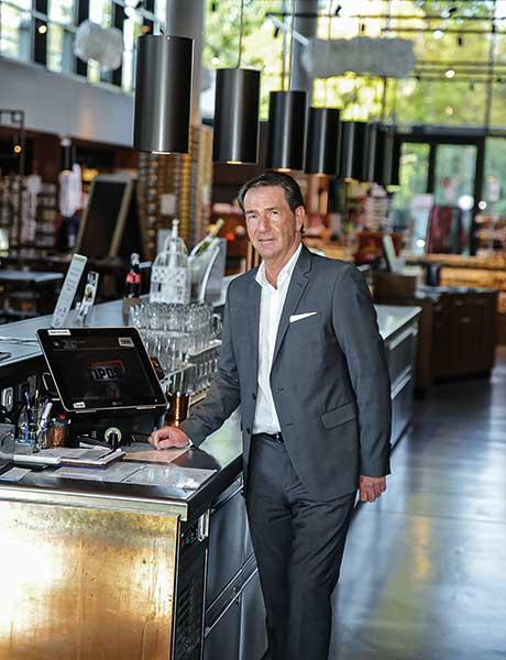 TiPOS Kassensysteme Hermann Krammer, General Manager am Donauturm, bekommt täglich in der Früh die wichtigsten Kennzahlen per Mail automatisch zugesendet.
