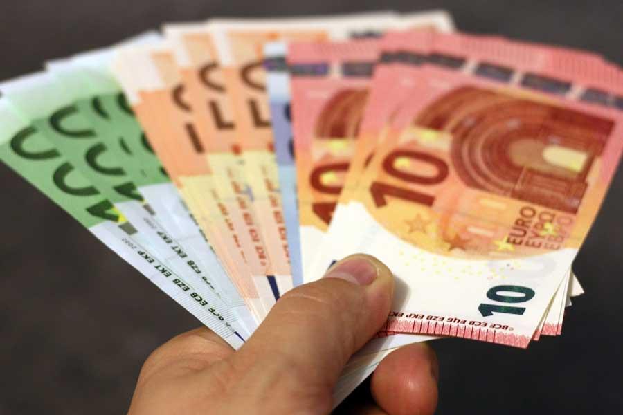 Neuer Ausfallsbonus für Unternehmen  Bis zu 60.000 Euro sollen Unternehmer mit dem neuen Ausfallsbonus pro Monat lukrieren können.