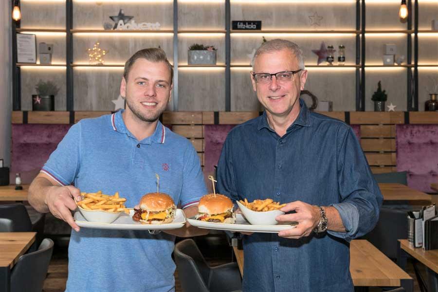 Le Burger Tirol Lukas (l.) und Thomas tauber freuen sich auf ihr erstes Lokal in Tirol.