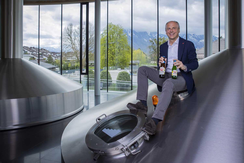 """Stiegl nimmt """"alkoholfrei"""" wörtlich  Das Credo von Stiegl-Chefbraumeister Christian Pöpperl bei den beiden Neuzugängen: """"Alles muss raus""""."""