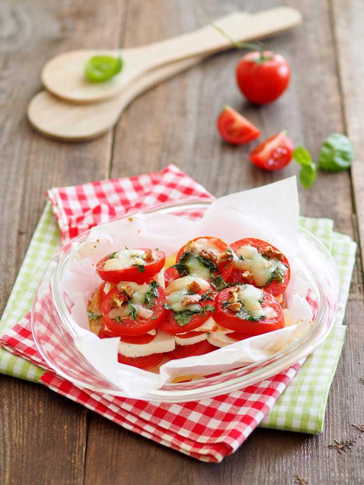 Tomatentürmchen mit Käse Rezept